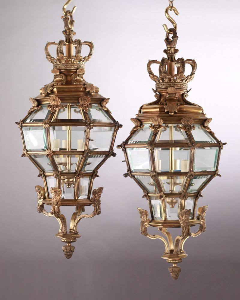 Fine Quality Gilt Bronze Octagonal Versailles Hall Lanterns (Pair), Antique Lighting