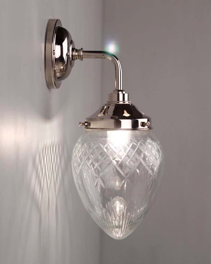 Modern Wall Light For Bathroom: Penyard Cut Glass Contemporary Bathroom Wall Light