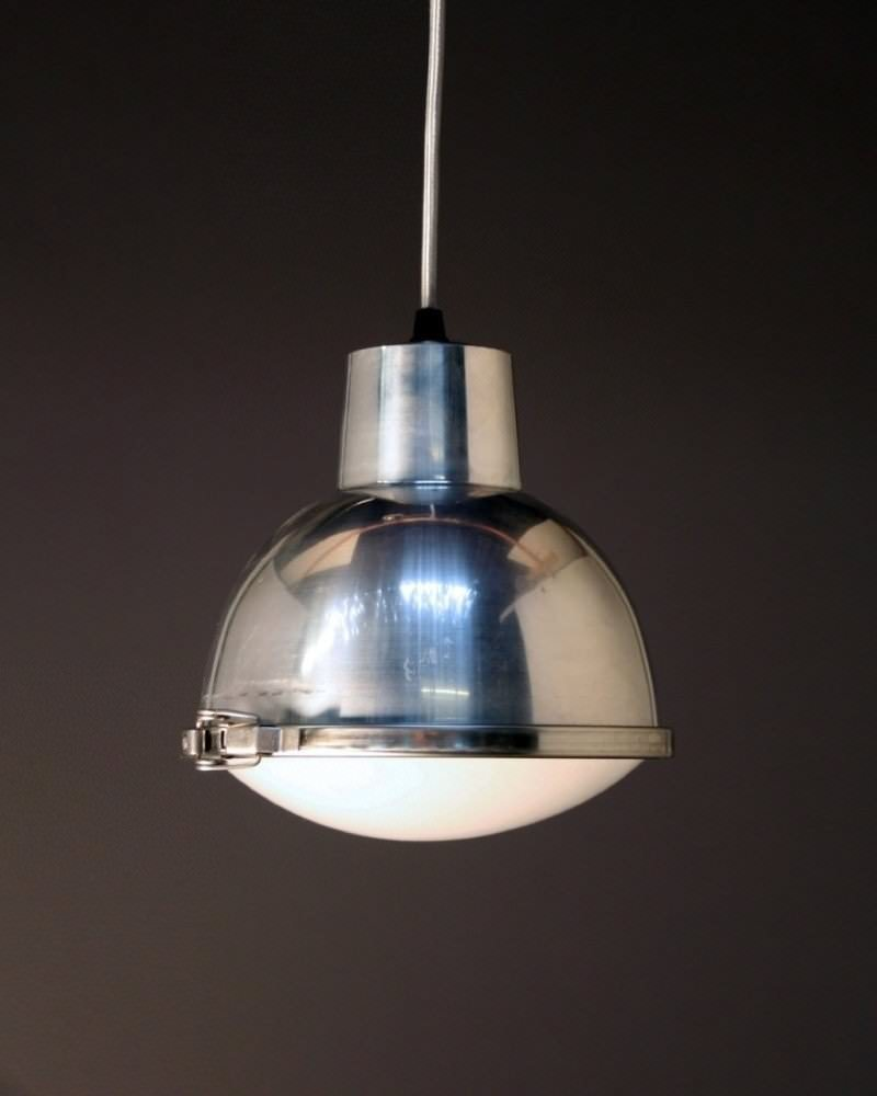sutton industrial pendant light fritz fryer. Black Bedroom Furniture Sets. Home Design Ideas
