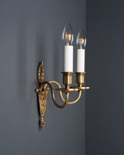 set of 4 gilt candle sconce with loral wreath detailing