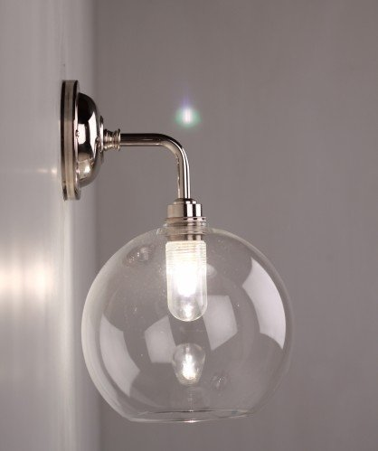 Contemporary Hereford Bathroom Wall Light in Nickel