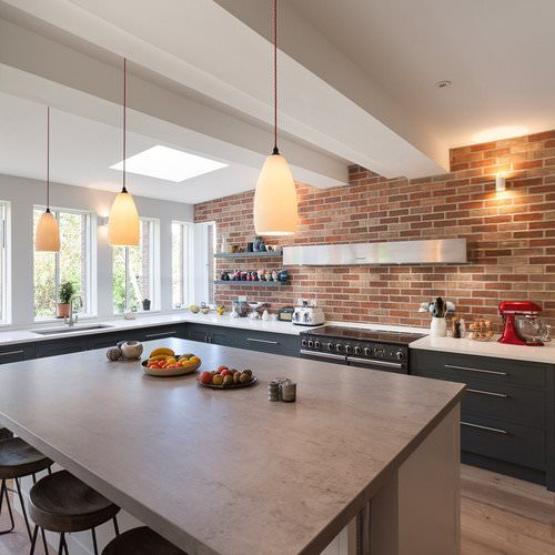 Kitchen-lighting-with-Upton-ceramic-pendant-lights-over-kitchen-island