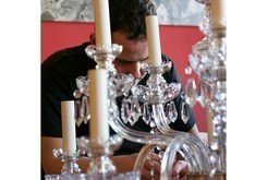 CRYSTAL CHANDELIER RESTORATION AT WYRE FOREST DISTRICT COUNCIL